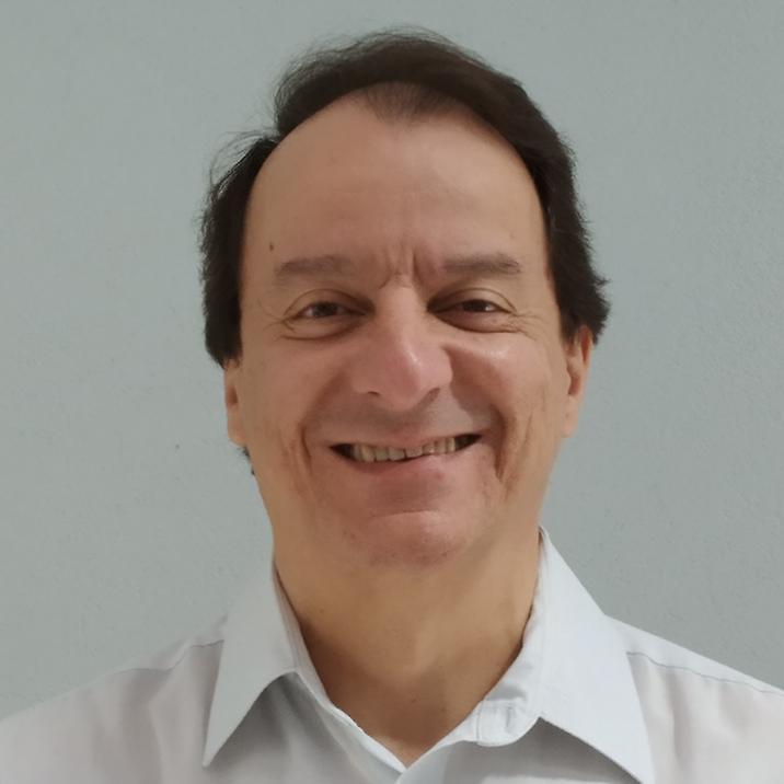 Mauro Queiroz Tavares Medeiros